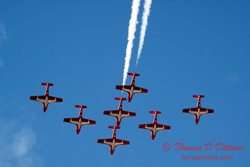 1658 - The RCAF Snowbirds performance at Wings over Waukegan 2012