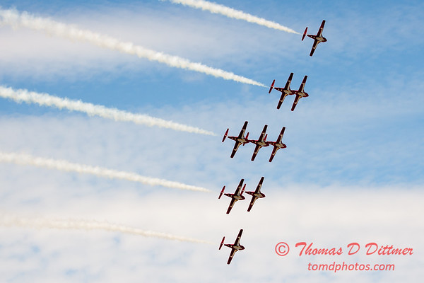 1725 - The RCAF Snowbirds performance at Wings over Waukegan 2012