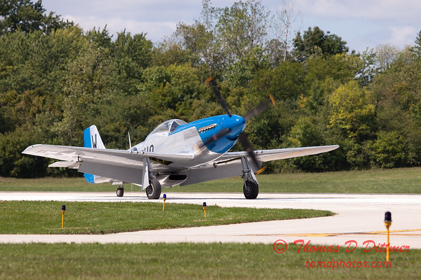 936 - Vlado Lenoch and his P-51 returns to earth at Wings over Waukegan 2012
