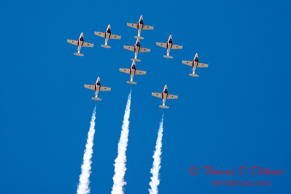 1346 - The RCAF Snowbirds performance at Wings over Waukegan 2012