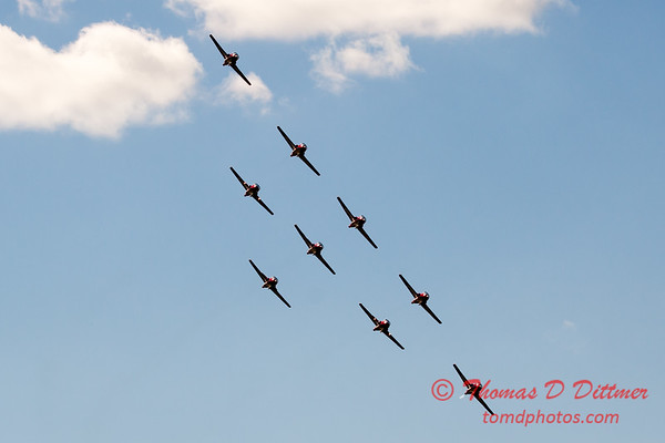 1716 - The RCAF Snowbirds performance at Wings over Waukegan 2012