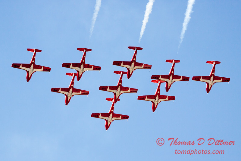 1362 - The RCAF Snowbirds performance at Wings over Waukegan 2012