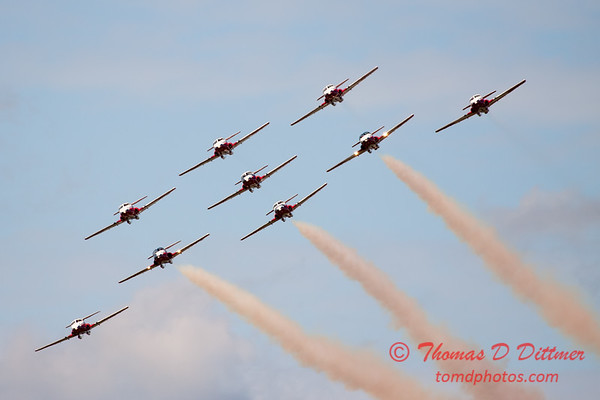1381 - The RCAF Snowbirds performance at Wings over Waukegan 2012