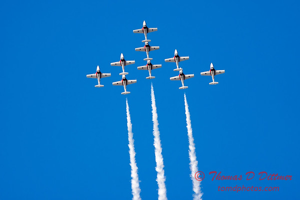 1405 - The RCAF Snowbirds performance at Wings over Waukegan 2012