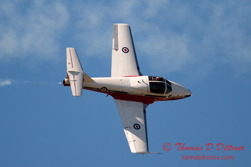 1498 - The RCAF Snowbirds performance at Wings over Waukegan 2012