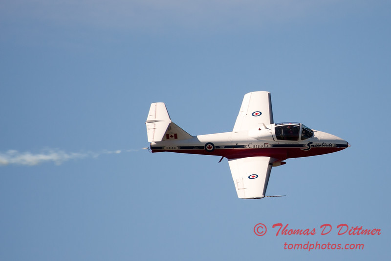 1530 - The RCAF Snowbirds performance at Wings over Waukegan 2012