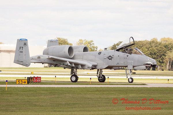 852 - A-10 East arrives at Wings over Waukegan 2012