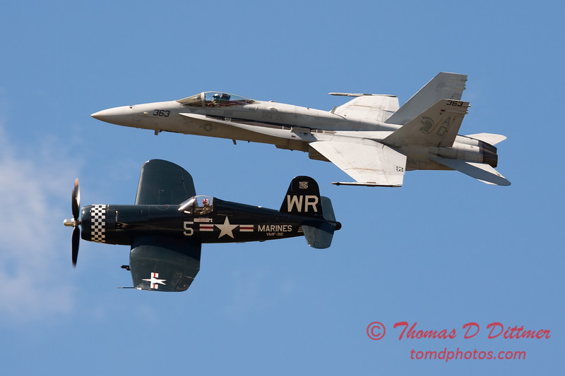 1293 - F4U Corsair and VFA 106 Hornet East F/A-18 US Navy Legacy Flight performing at Wings over Waukegan 2012