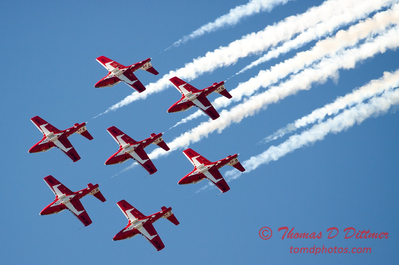 1555 - The RCAF Snowbirds performance at Wings over Waukegan 2012