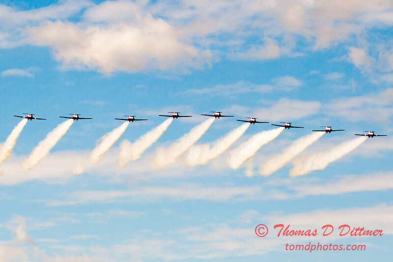 1759 - The RCAF Snowbirds performance at Wings over Waukegan 2012