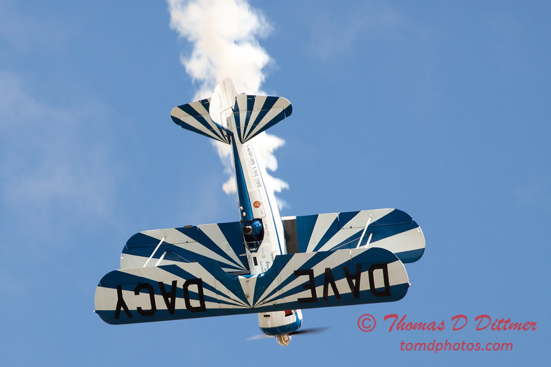 151 - Dave Dacy and his Boeing PT-17 Stearman perform at Wings over Waukegan 2012