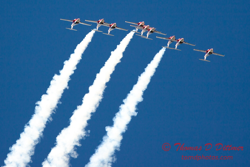1349 - The RCAF Snowbirds performance at Wings over Waukegan 2012