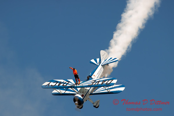 991 - Wingwalker Tony Kazian and Dave Dacy perform at Wings over Waukegan 2012