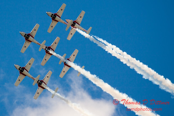 1543 - The RCAF Snowbirds performance at Wings over Waukegan 2012