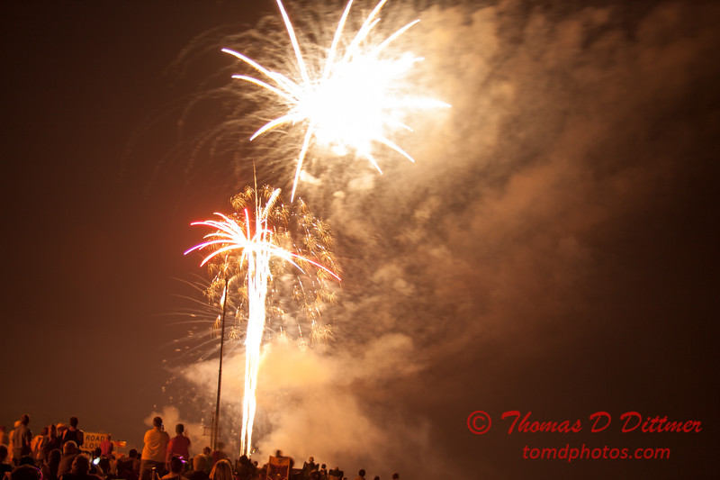 167 - The 30th Annual Fireworks and Air Show Spectacular - AY McDonald Park and Boat Ramp - Dubuque Iowa