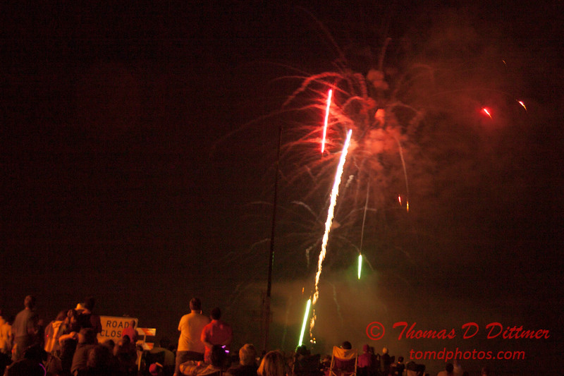 180 - The 30th Annual Fireworks and Air Show Spectacular - AY McDonald Park and Boat Ramp - Dubuque Iowa