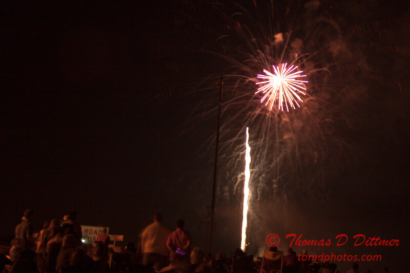 186 - The 30th Annual Fireworks and Air Show Spectacular - AY McDonald Park and Boat Ramp - Dubuque Iowa
