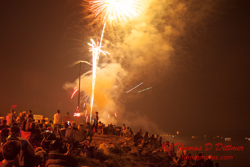163 - The 30th Annual Fireworks and Air Show Spectacular - AY McDonald Park and Boat Ramp - Dubuque Iowa