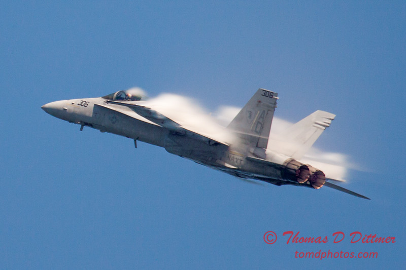 266 -  2015 Milwaukee Air & Water Show - Bradford Beach - Milwaukee Wisconsin
