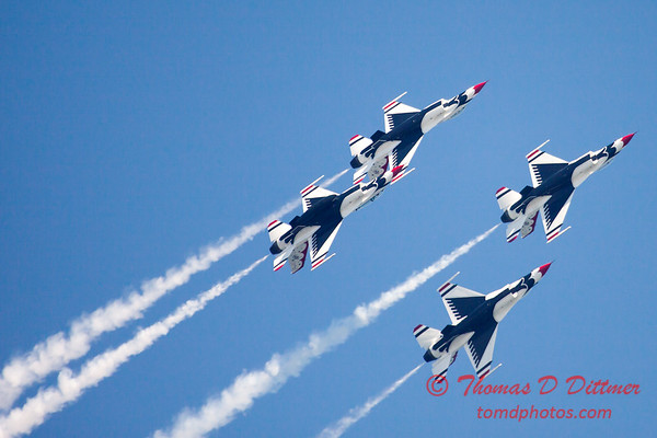382 -  2015 Milwaukee Air & Water Show - Bradford Beach - Milwaukee Wisconsin