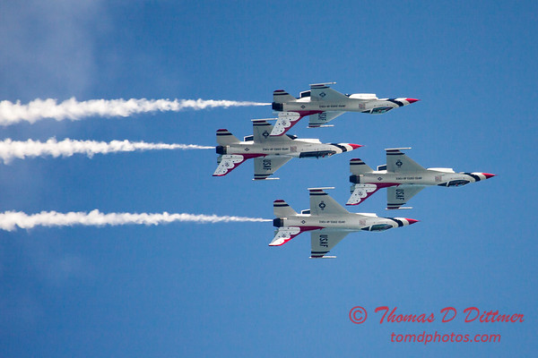 385 -  2015 Milwaukee Air & Water Show - Bradford Beach - Milwaukee Wisconsin