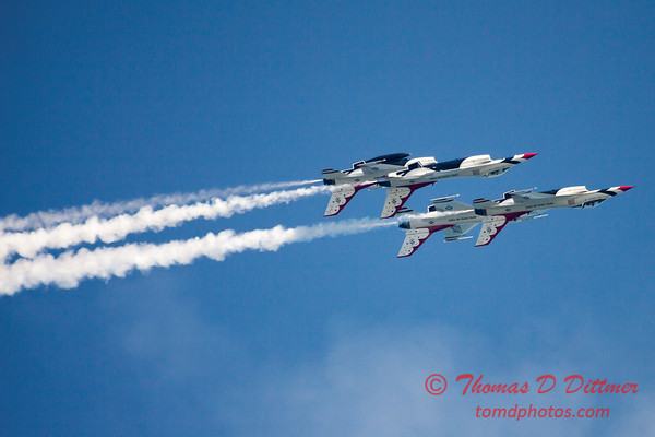 384 -  2015 Milwaukee Air & Water Show - Bradford Beach - Milwaukee Wisconsin
