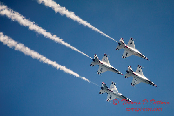 344 -  2015 Milwaukee Air & Water Show - Bradford Beach - Milwaukee Wisconsin