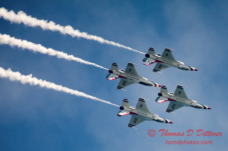 341 -  2015 Milwaukee Air & Water Show - Bradford Beach - Milwaukee Wisconsin