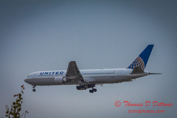 (# 8) United Airlines Boeing 767
