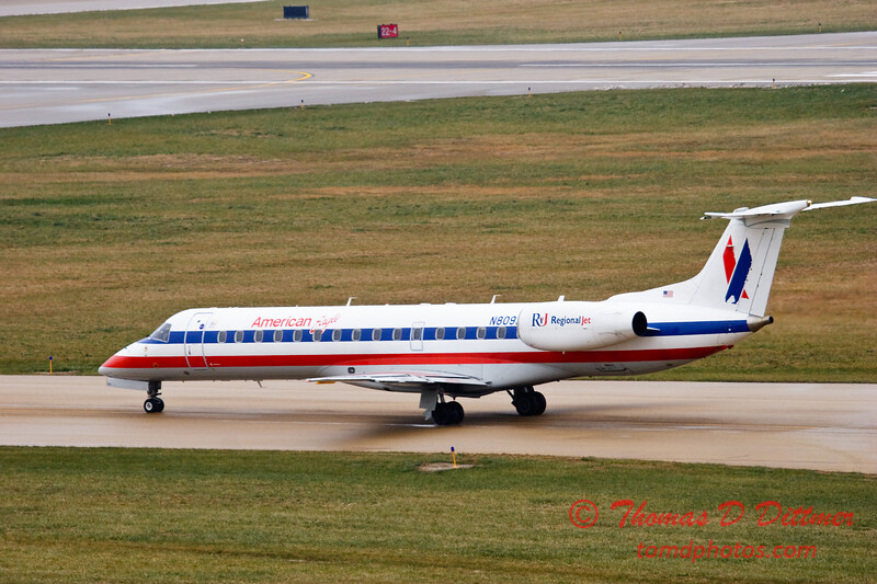 American Eagle - Greater Peoria Regional Airport - December 13th 2009 - 2