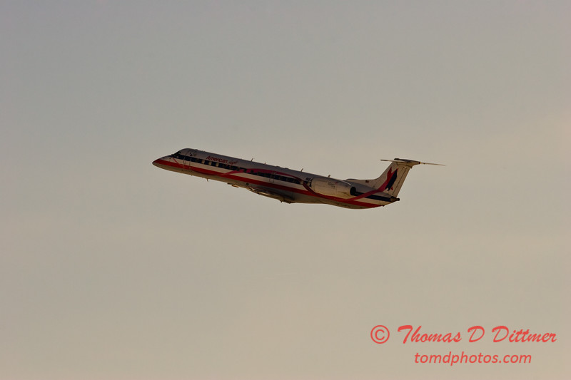 2010 - American Eagle - Greater Peoria Regional Airport - Peoria Illinois - January 6th - 17