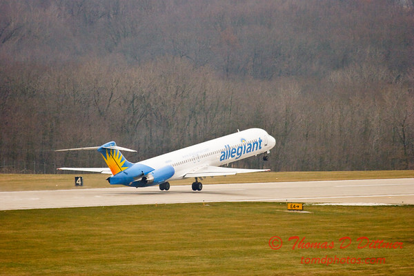 Allegiant Airways - Greater Peoria Regional Airport - Peoria Illinois - December 13th 2009 - 5