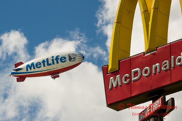 "MetLife ""Snoopy II"" Blimp - #12"