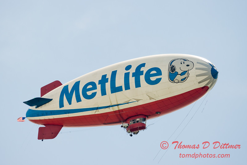 "MetLife ""Snoopy II"" Blimp - #1"