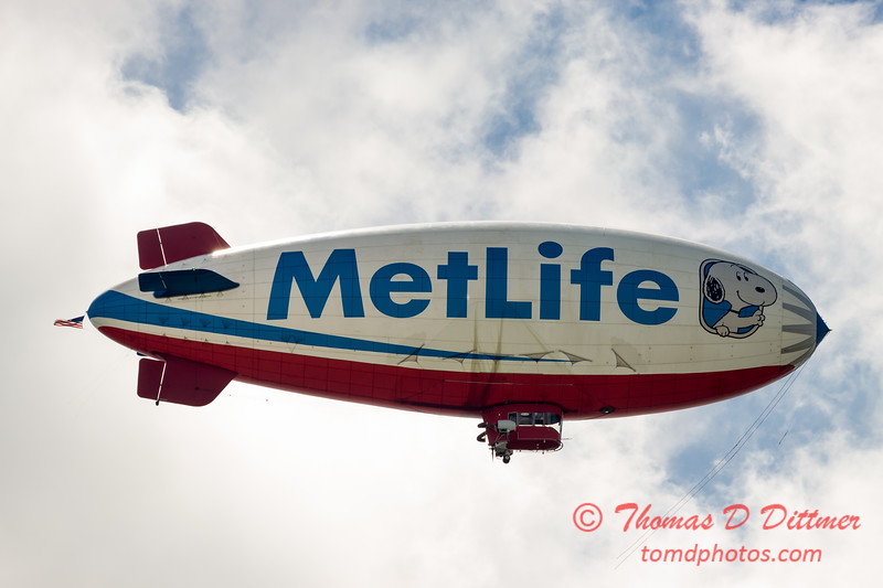 "MetLife ""Snoopy II"" Blimp - #10"