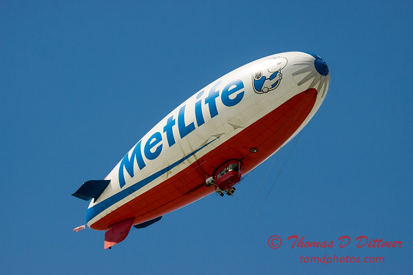 "MetLife ""Snoopy II"" Blimp - #16"