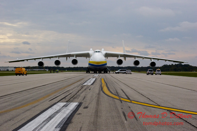 Antonov AN 225  at Peoria Illinois for Emergency Relief Mission to American Samoa - <br>  October 10, 2009 - 19