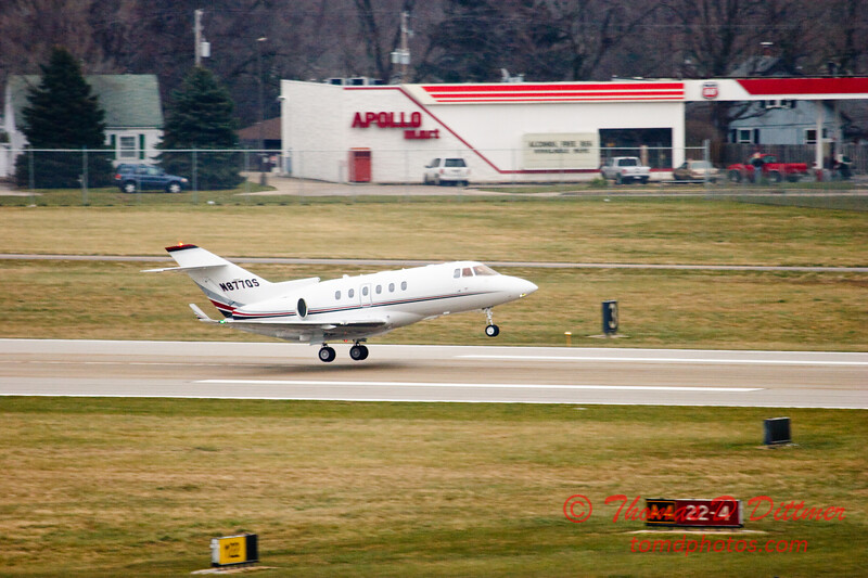 N877QS - Greater Peoria Regional Airport - Peoria Illinois - December 13th 2009 - 1