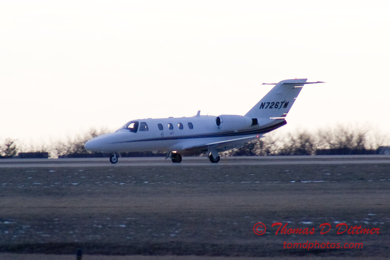 N726TM landing roll at Central Illinois Regional Airport