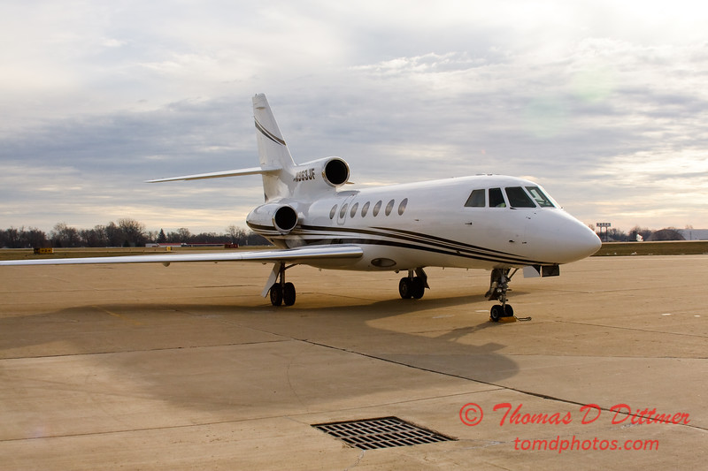 N963JF - Byerly ramp - Greater Peoria Regional Airport - Peoria Illinois - December 17th 2009 - 3