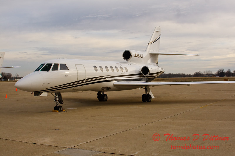 N963JF - Byerly ramp - Greater Peoria Regional Airport - Peoria Illinois - December 17th 2009 - 8
