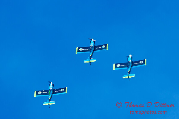 143 - The Vanguard Squadron perform in their ethanol powered RV3's at the South East Iowa Air Show in Burlington Iowa