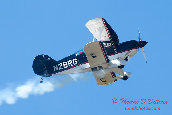 187 - Dick Schulz and the Raptor Pitts perform at the South East Iowa Air Show in Burlington Iowa