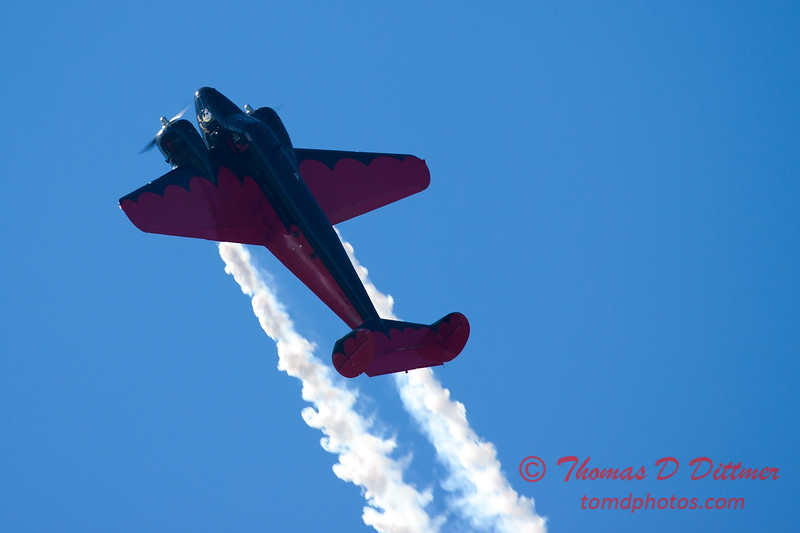 """869 - Matt Younkin performs for fans in his Beechcraft BE18 """"Twin Beech"""" at the South East Iowa Air Show in Burlington Iowa"""