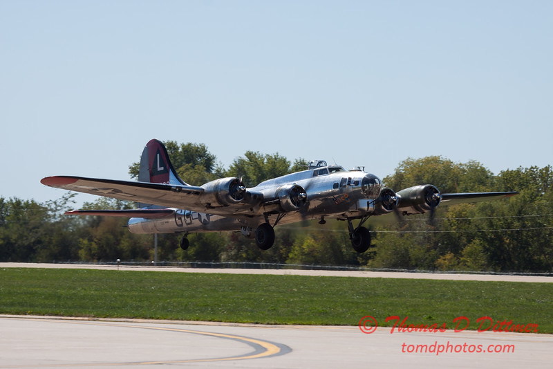 402 - B17 Flying Fortress departure at the South East Iowa Air Show in Burlington Iowa