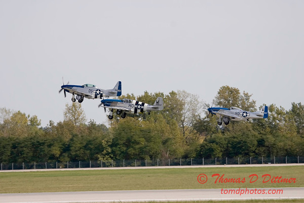 Gathering of Mustangs and Legends - Rickenbacker Airport - Port Columbus OH - Sunday September 30 2007 - 147