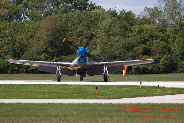 931 - Vlado Lenoch and his P-51 returns to earth at Wings over Waukegan 2012