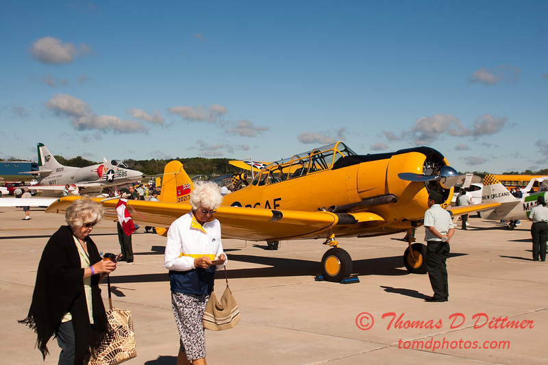40 - RCAF T6 Harvard on display at Wings over Waukegan 2012