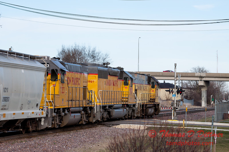 Train Spotting from Rochelle Railroad Park - #89