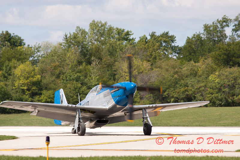 941 - Vlado Lenoch and his P-51 returns to earth at Wings over Waukegan 2012